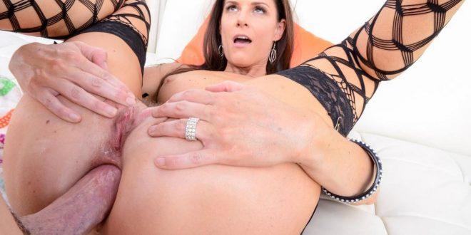 synnytys porno pimpin nuoleminen
