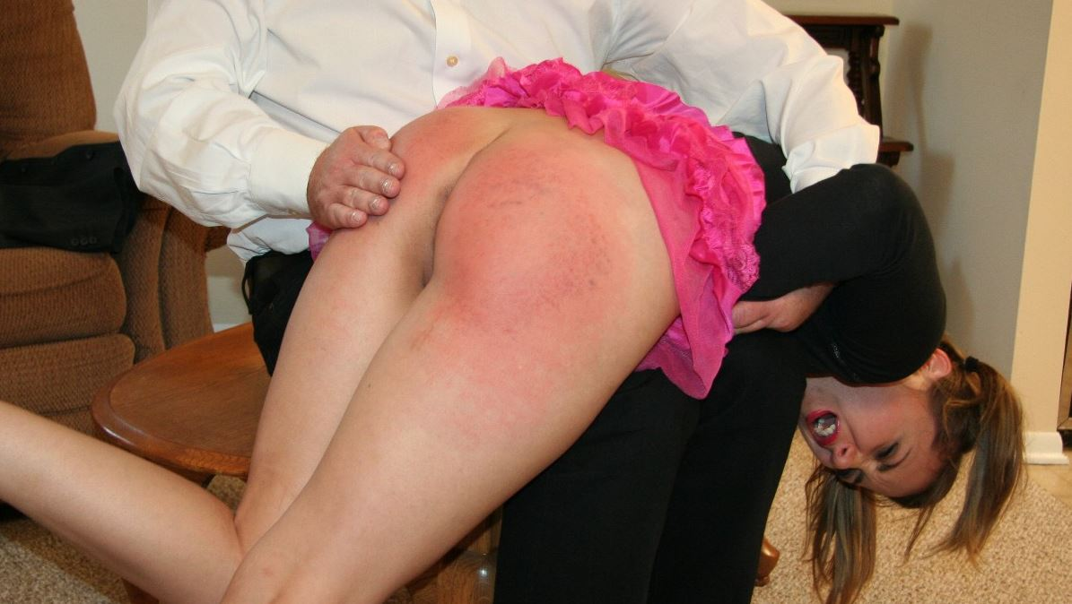 amateur-spank-and-fuck-movies-nude-wife-and-son