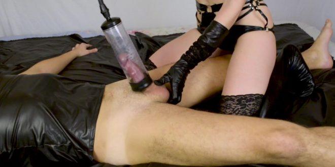 Korona aikana tapahtuu - Kiny ja Fetissi seksinovelli